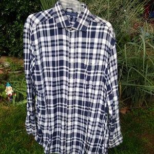 Men's button up long sleeve shirt